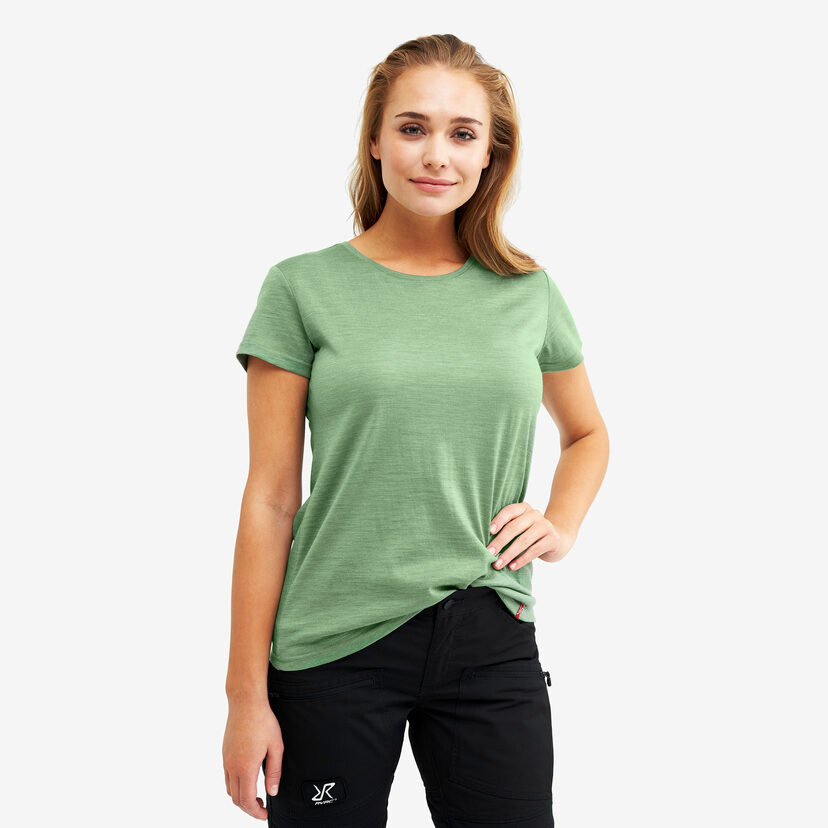 Sheep Tee Mistletoe Women