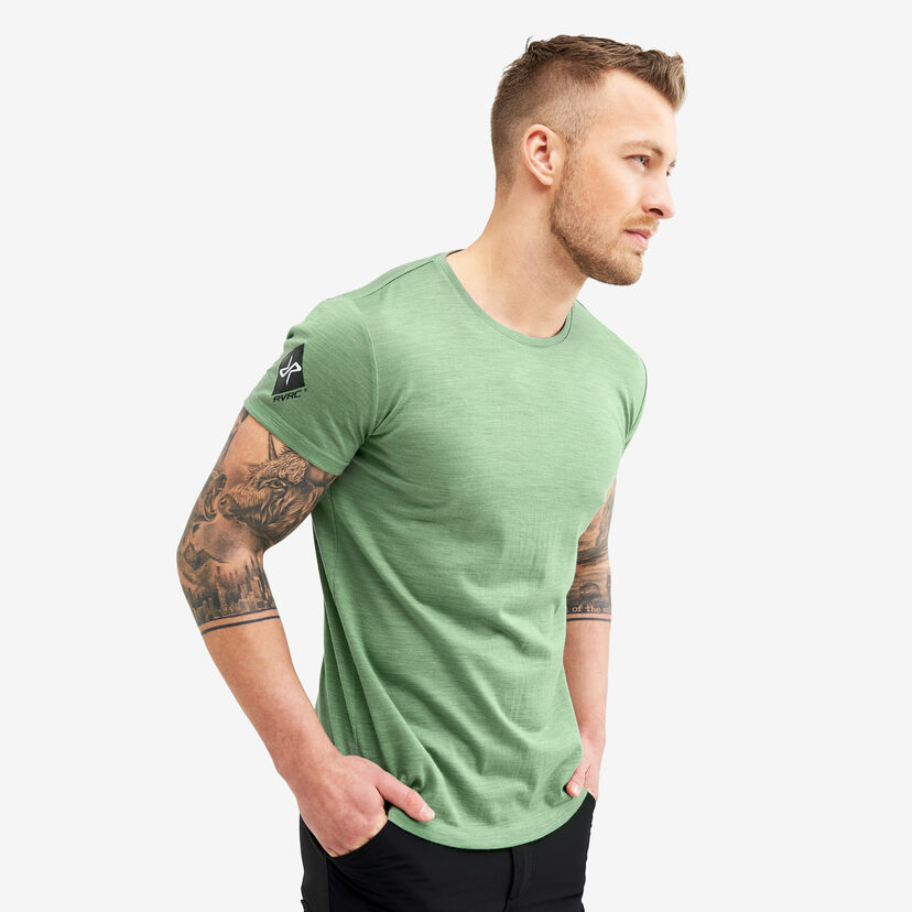 Sheep Tee Mistletoe Men